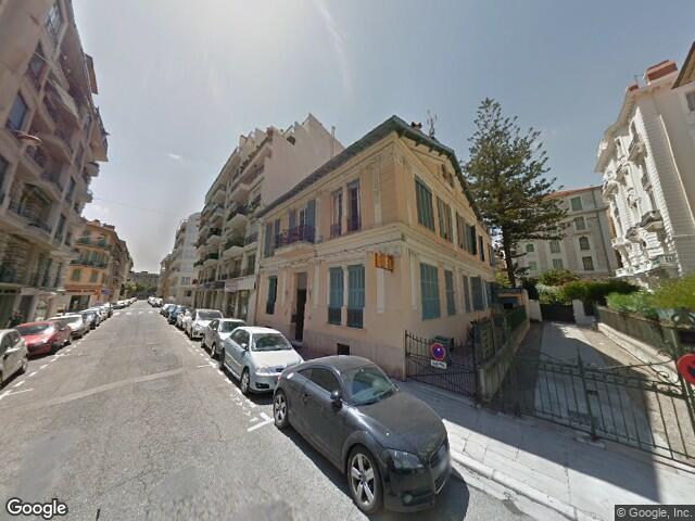 5 garages à Nice