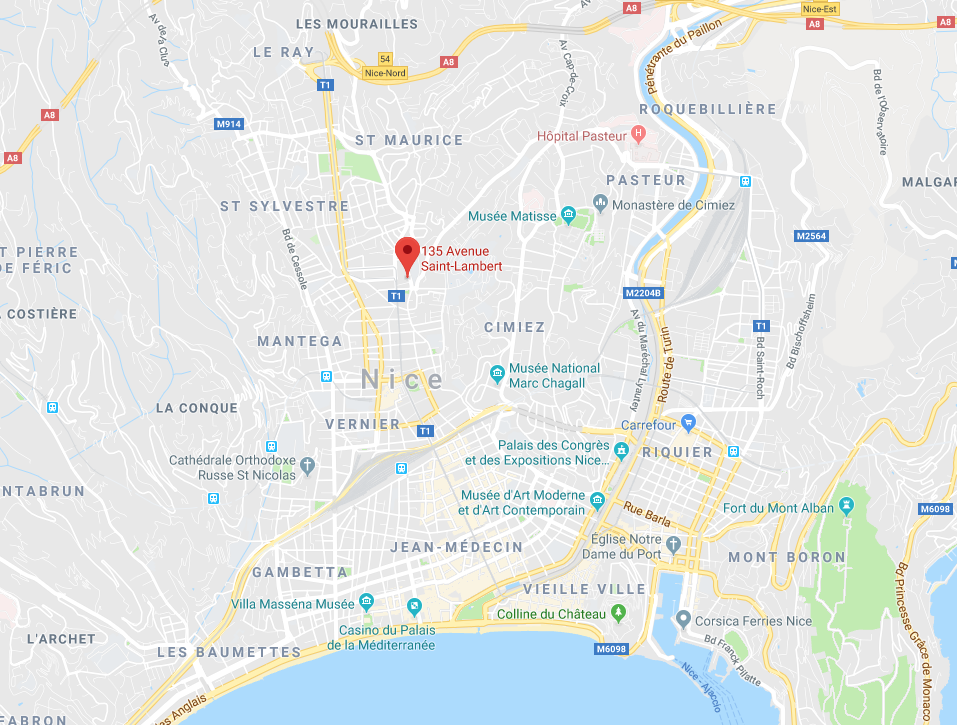 PARKING À CIEL OUVERT AVENUE SAINT LAMBERT À NICE