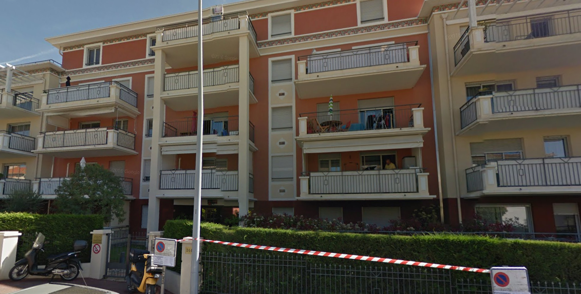 APPT 2P 33 M2 1ER ETAGE, 2 PARKINGS À ST LAURENT DU VAR