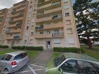 UN APPARTEMENT de 52,90 m², situé au 7e étage, avec hall, séjour, cuisine, salle d'eau, wc, deux chambres. Avec UNE CAVE. Bien occupé. à ROANNE